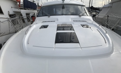Image of Bavaria Yachts Sport 450 HT for sale in Croatia for €429,000 (£366,971) Croatia