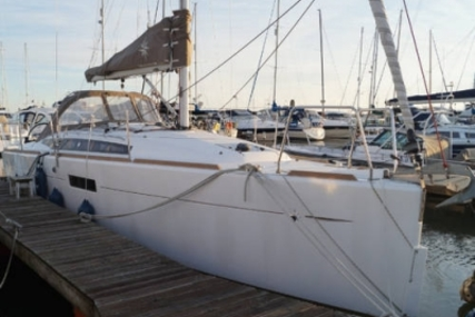 Jeanneau Sun Odyssey 349 Lifting Keel for sale in United Kingdom for £104,999