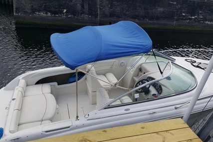 Sea Ray 225 Weekender for sale in United States of America for $15,250 (£11,825)