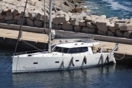 Moody 45 DS for sale in France for €295,000 (£257,215)