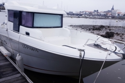 Beneteau Barracuda 9 for sale in France for €65,900 (£57,459)