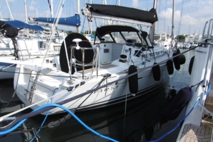 Beneteau First 35 for sale in France for €115,000 (£99,400)