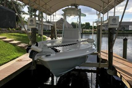 Contender 25 Bay for sale in United States of America for $135,900 (£105,885)