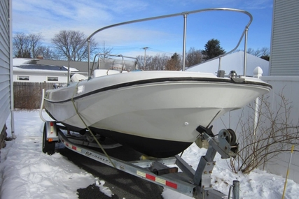 Boston Whaler 19 Outrage for sale in United States of America for $15,250 (£11,491)