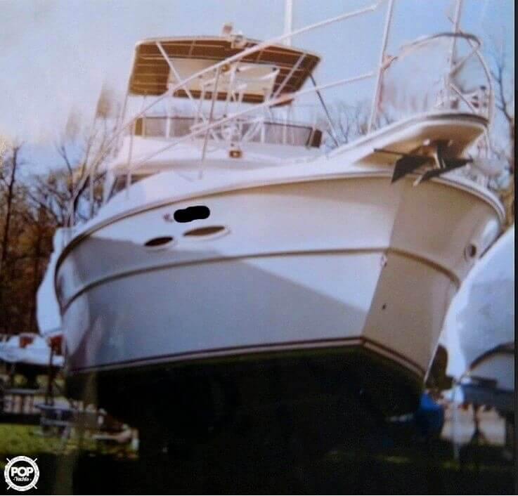 Sea Ray SRV390 for sale in United States of America for $26,700