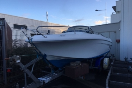 Beneteau Ombrine 630 for sale in France for €14,500 (£12,643)