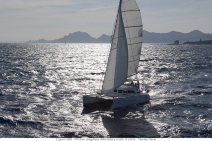 Lagoon 380 for sale in France for €342,000 (£307,435)
