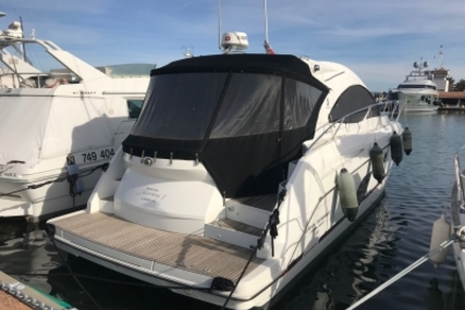 Beneteau Gran Turismo 44 for sale in France for €350,000 (£306,587)