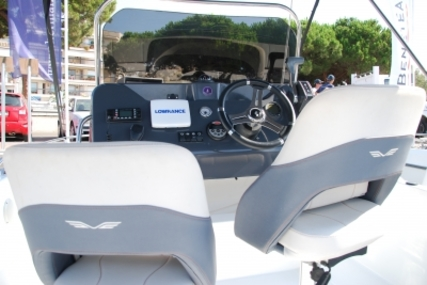 Beneteau Flyer 5.5 Spacedeck for sale in Spain for €26,378 (£23,276)