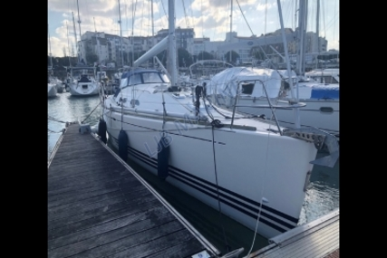 X-Yachts X-37 for sale in France for €130,000 (£111,246)