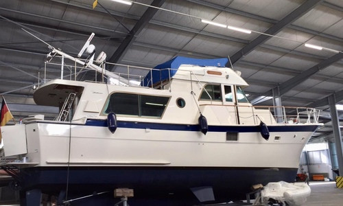 Image of Hatteras 48 Long Range Cruiser for sale in Germany for €199,000 (£169,810) Germany
