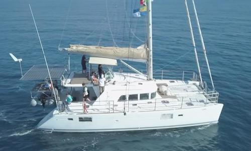 Image of Lagoon 440 for sale in Italy for €299,999 (£262,788) Sicily, Italy