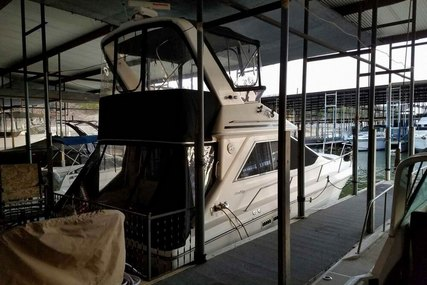 Sea Ray 340 Sedan Bridge for sale in United States of America for $22,500 (£18,064)