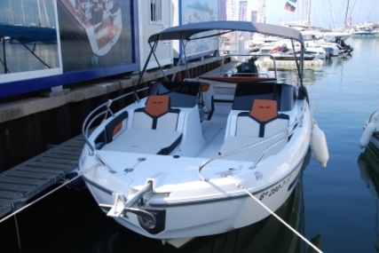 Beneteau Flyer 7.7 Sportdeck for sale in Spain for €59,990 (£53,517)