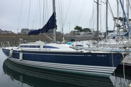 X-Yachts X-382 for sale in France for €95,000 (£82,832)