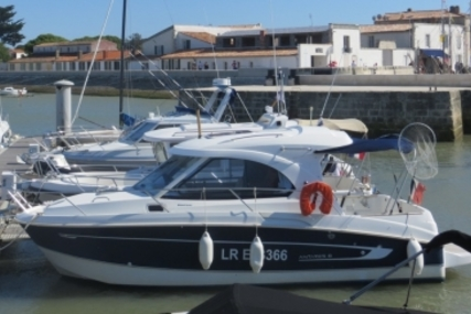 Beneteau Antares 8 for sale in France for €47,500 (£41,837)