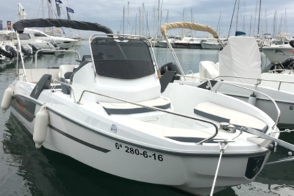 Beneteau Flyer 6.6 Spacedeck for sale in Spain for €36,200 (£31,563)