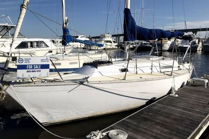Irwin Yachts 30 for sale in United States of America for $10,000 (£7,695)