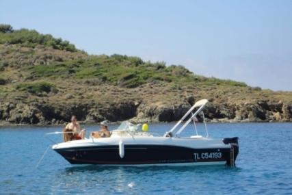Jeanneau Cap Camarat 625 WA for sale in France for €14,500 (£12,643)