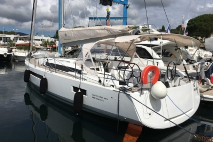Jeanneau Sun Odyssey 490 for sale in France for €410,000 (£356,481)