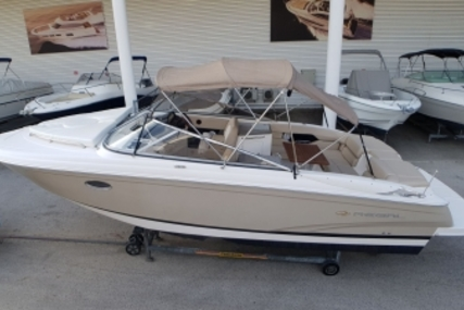 Regal 2750 Cuddy for sale in France for €37,000 (£32,261)