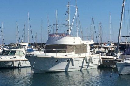 Beneteau Swift Trawler 34 for sale in France for €144,000 (£126,169)