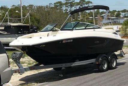 Sea Ray 215 Express Cruiser for sale in United States of America for $43,900 (£34,041)