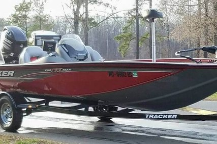 Bass Tracker Pro 17 for sale in United States of America for $20,600 (£15,974)