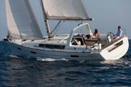 Beneteau Oceanis 41 for sale in Spain for €158,000 (£138,738)