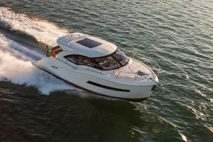 Carver Yachts 37 COUPE for sale in United States of America for $389,000 (£299,332)