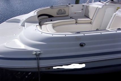 Chris-Craft 260 SPORT DECK for sale in United States of America for $18,750 (£14,282)