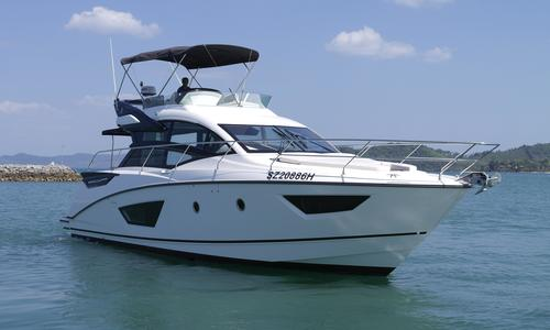 Image of Beneteau Gran Turismo 50 Sportfly for sale in Singapore for €795,000 (£714,036) Singapore