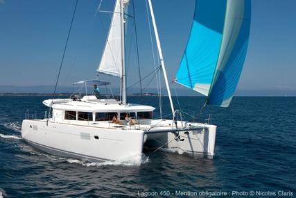 Lagoon 450 for sale in Singapore for €595,000 (£534,865)