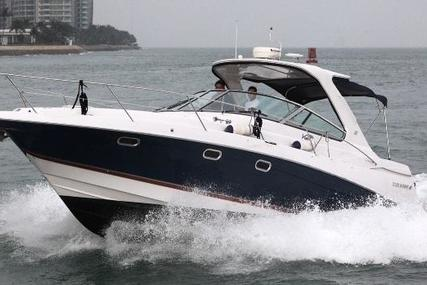 Four Winns 378 for sale in Singapore for $55,000 (£41,893)