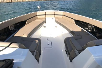 Sea Ray 350 SLX for sale in Hong Kong for $265,000 (£208,448)