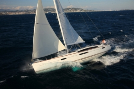 Jeanneau Sun Odyssey 53 for sale in France for €350,000 (£302,978)