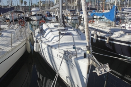 Beneteau Oceanis 31 for sale in Spain for €53,000 (£47,399)