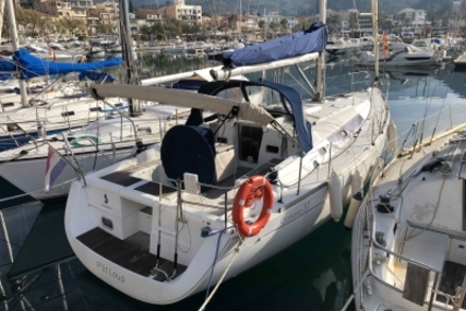 Beneteau Oceanis 37 for sale in Spain for €80,000 (£69,379)