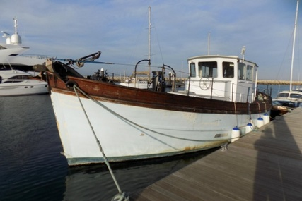 wooden Motor boat for sale in United Kingdom for £15,000