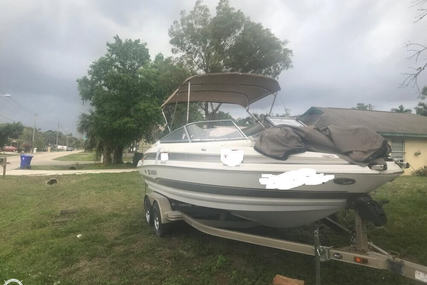Larson 228 LXi for sale in United States of America for $19,750 (£14,882)