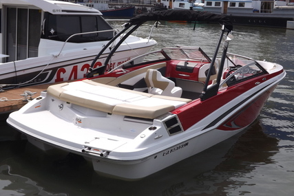 Glastron GT225 for sale in United Kingdom for £40,000