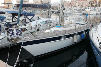 Hallberg-Rassy 382 for sale in Spain for €89,000 (£76,852)