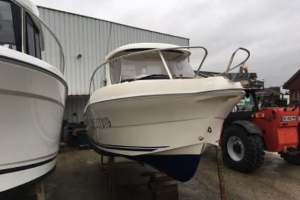 Quicksilver 640 Pilothouse for sale in France for €18,900 (£16,172)