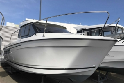 Jeanneau Merry Fisher 695 for sale in France for €36,000 (£30,845)