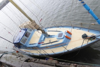 Neptune 33 for sale in United Kingdom for £11,500