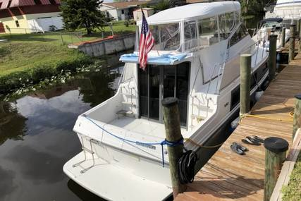 Carver Yachts 330 Mariner for sale in United States of America for $38,900 (£29,933)