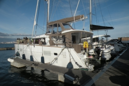 Lagoon 400 S2 for sale in Portugal for €345,000 (£298,200)