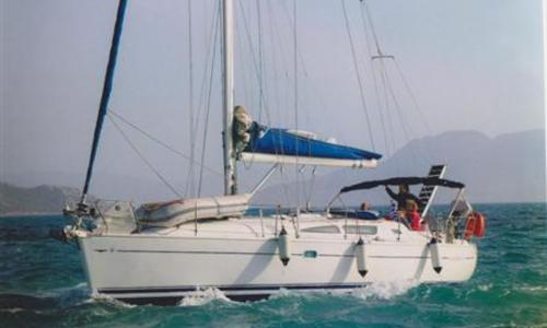 Image of Jeanneau Sun Odyssey 40 for sale in Greece for €72,000 (£63,619) Greece