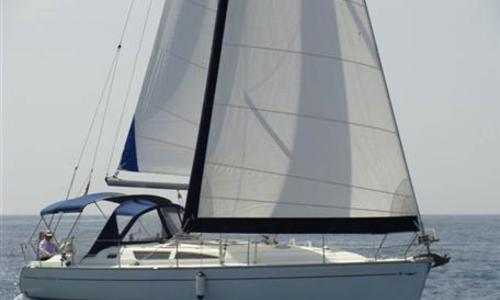 Image of Jeanneau Sun Odyssey 40 for sale in Greece for €73,000 (£67,024) Greece