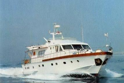 Admiral 23 for sale in Greece for €135,000 (£115,198)
